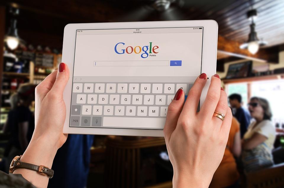 Le nombre de recherches pour le mot Bitcoin sur Google augmente