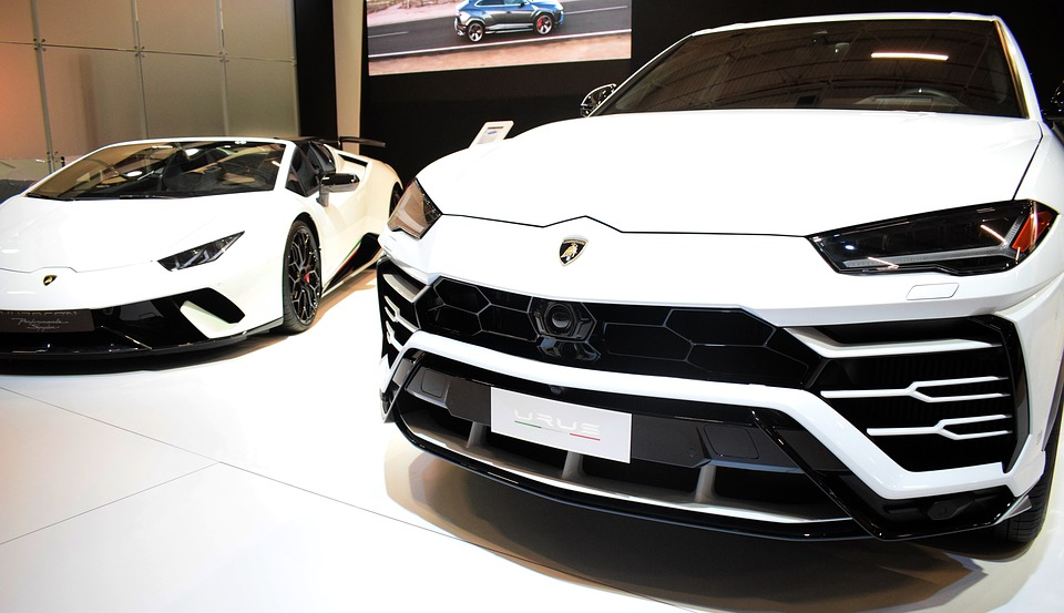 Lamborghini va utiliser la technologie blockchain de SalesForce dans l