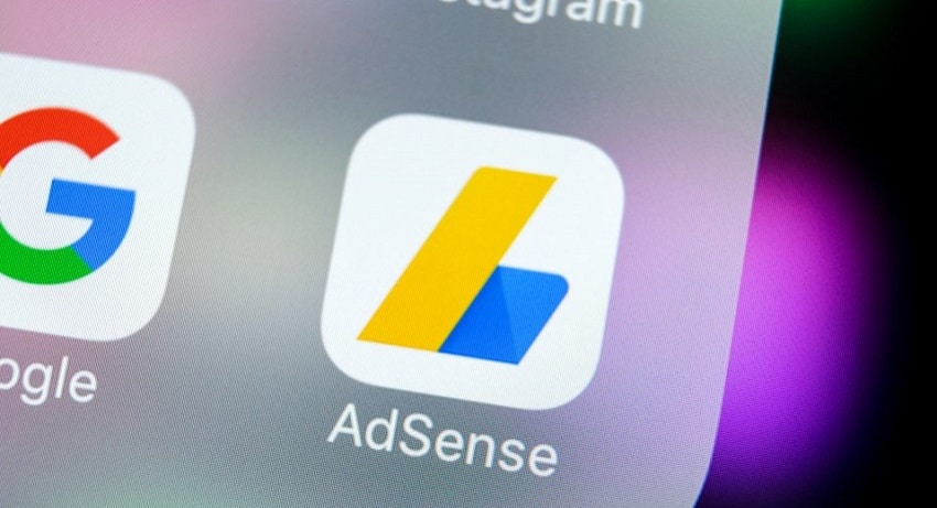 Une nouvelle arnaque de rançon en Bitcoin cible les annonceurs sur Google Adsense