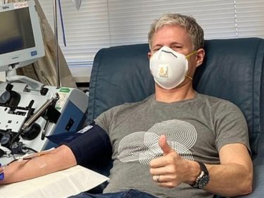 L'ancien PDG de Ripple XRP, Chris Larsen, se remet du Coronavirus/Covid-19