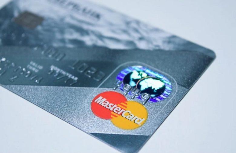 En retard sur Visa, Mastercard va prendre en charge certaines crypto-monnaies directement sur son réseau