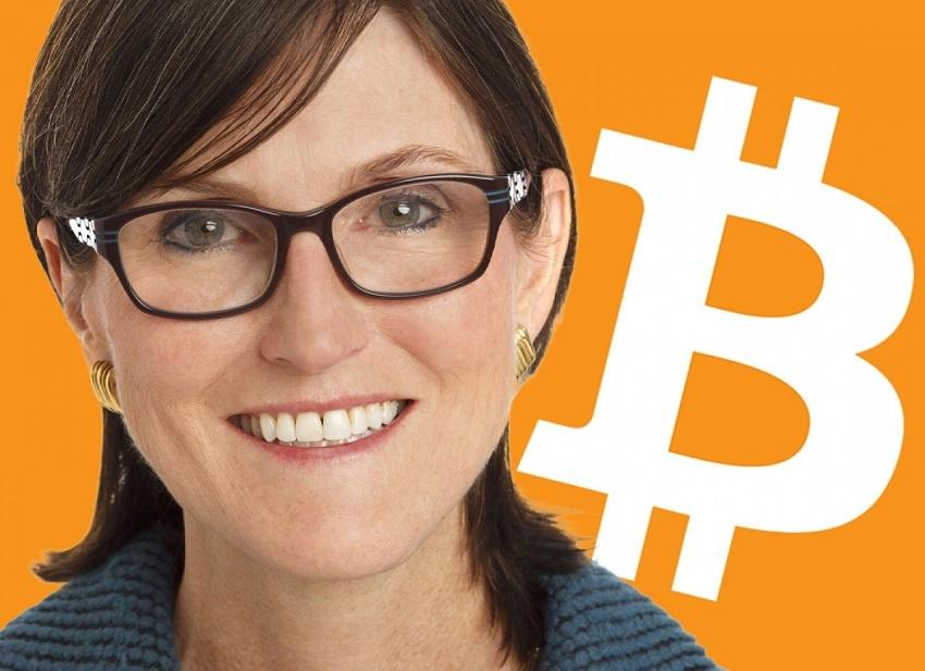 Pour Cathie Wood, PDG d'ARK Investment, la capitalisation boursière de Bitcoin pourrait atteindre des billions de dollars