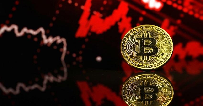 Rechute du cours Bitcoin, Huobi, OKEx et le pool de minage BTC.TOP suspendent certaines activités avec la Chine