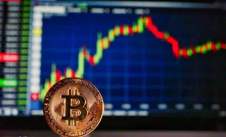 Pour les analystes de la banque JPMorgan, la chute du cours Bitcoin n'est pas terminée